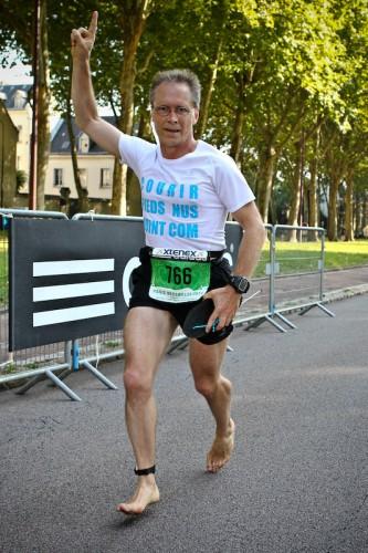 Paris-Versailles 2011 - pieds nus !