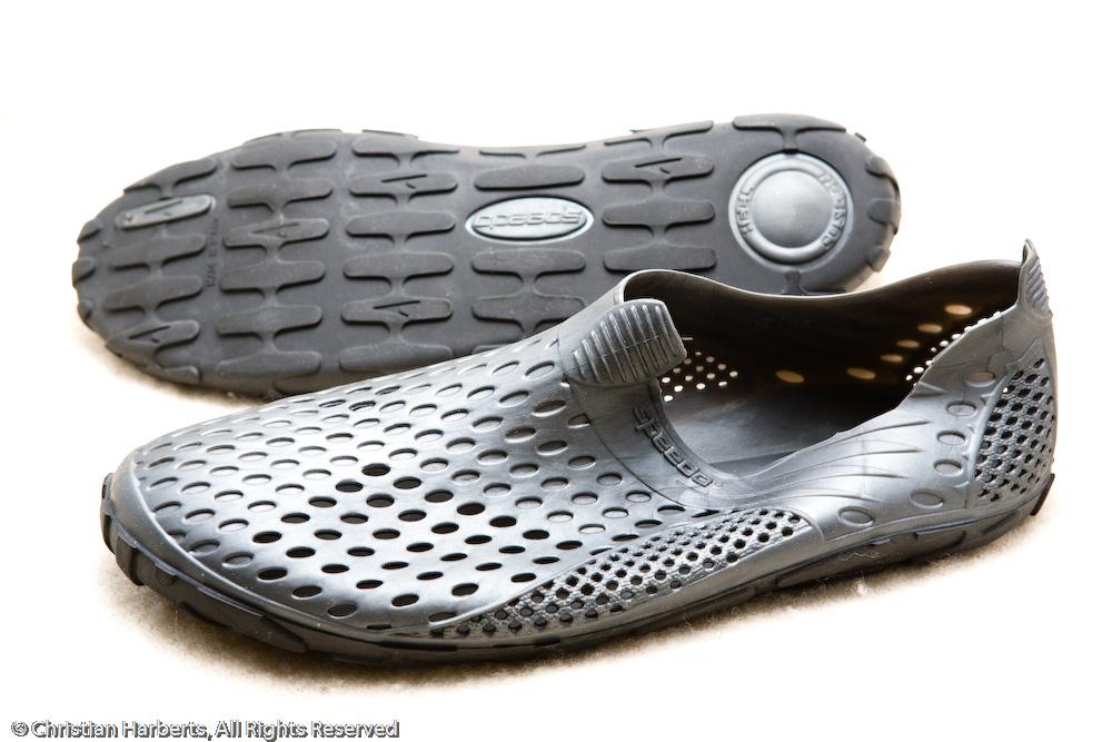 chaussure avec doigt de pied decathlon. Black Bedroom Furniture Sets. Home Design Ideas
